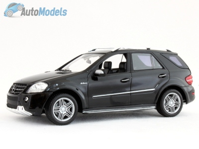 mercedes-benz-ml63-amg-2008-black-minichamps-400-037670
