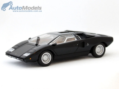 Модель автомобиля Lamborghini Countach LP400 1974.